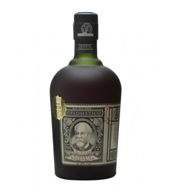 Diplomático Reserva Exclusiva Rum with 2 Glasses Gift Pack